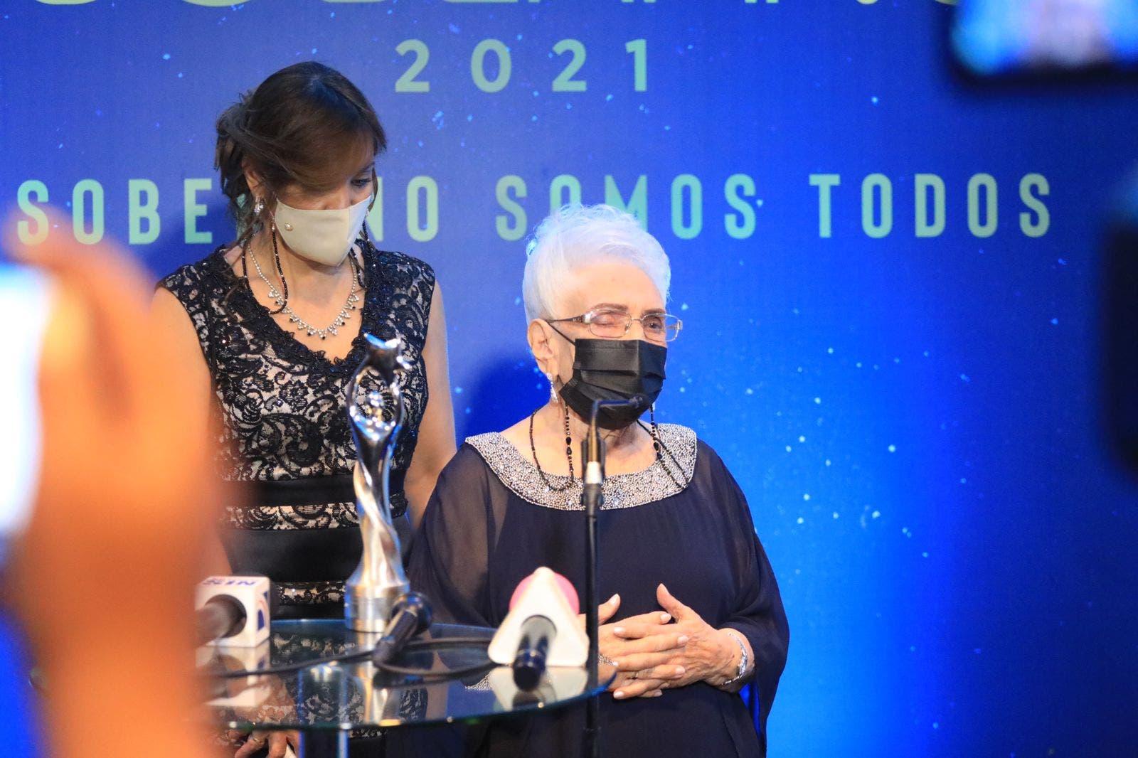 María Cristina Camilo es reconocida con el Soberano a las Artes Escénicas