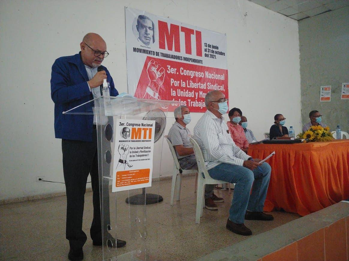 Organización  llama a los trabajadores a levantarse y exigir sus derechos