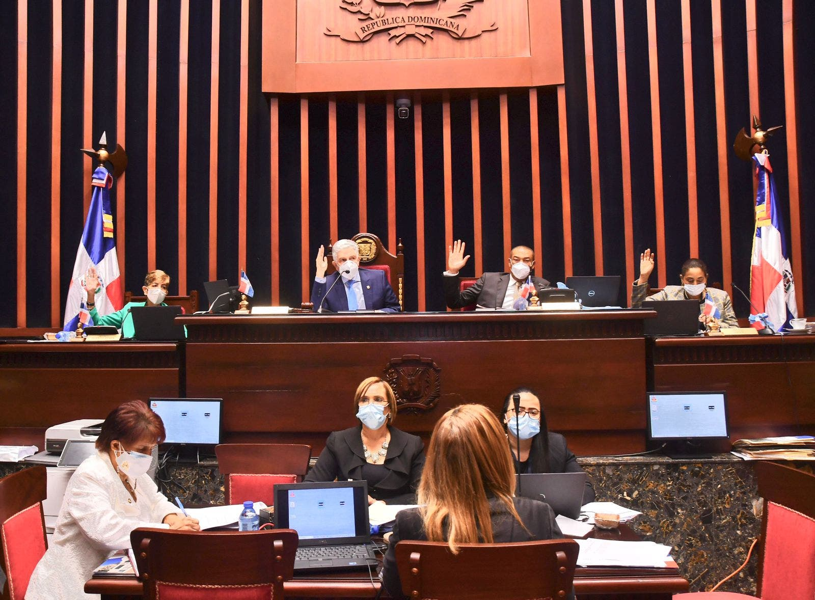 Senado aprueba en segunda lectura proyecto Ley de Aduanas