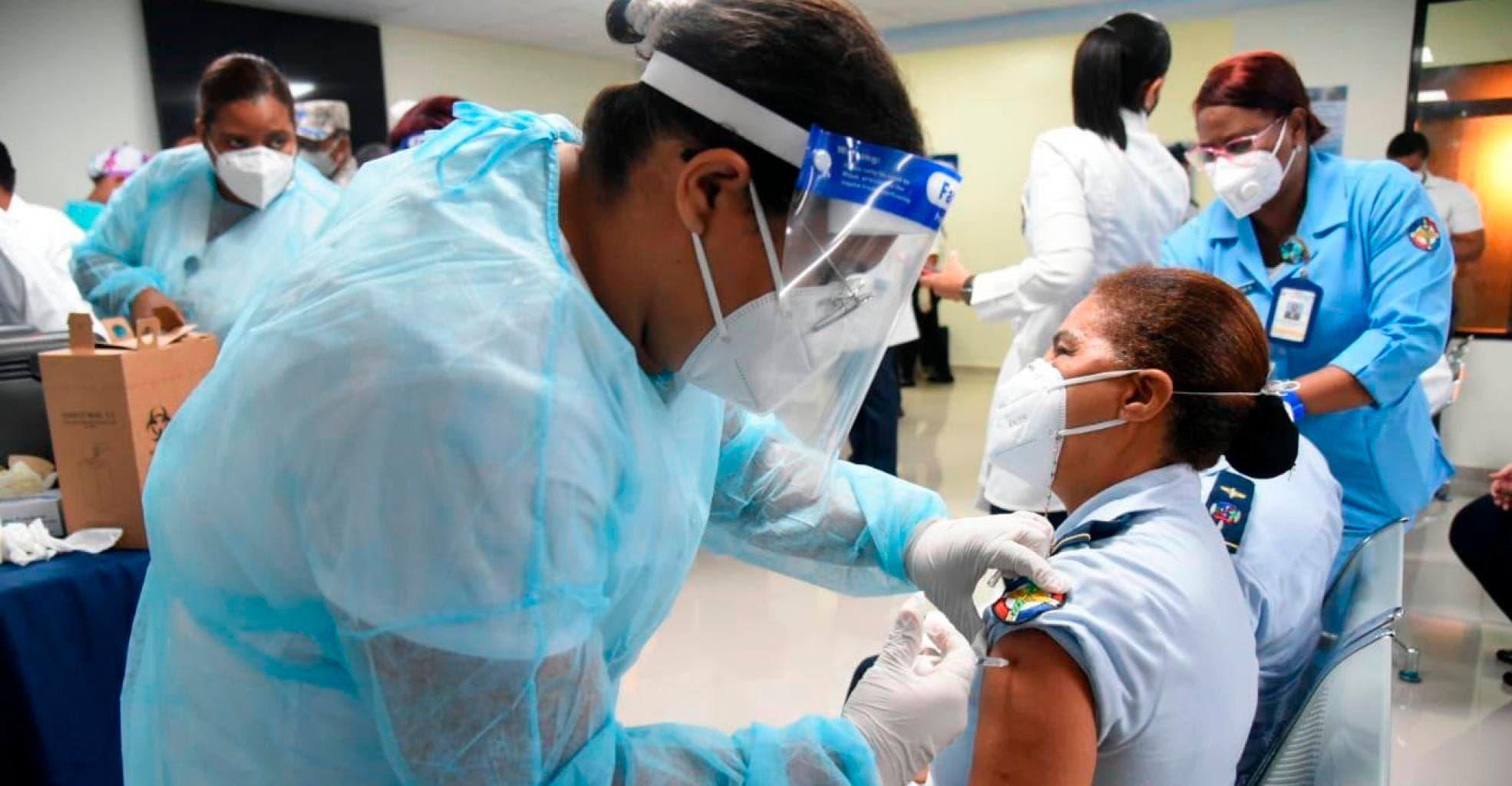 """La Casa Blanca alerta de una """"pandemia de los no vacunados"""" en Estados Unidos"""