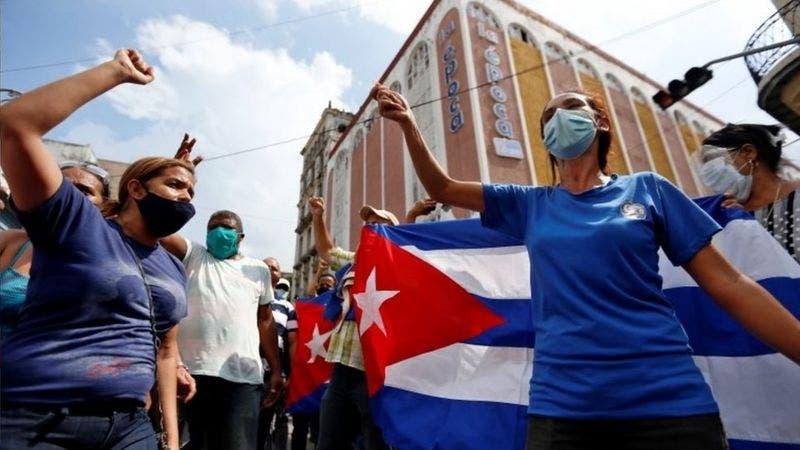Protestas en Cuba | «Nuestro pueblo es heroico»: las voces de los cubanos que apoyan al gobierno de Díaz-Canel