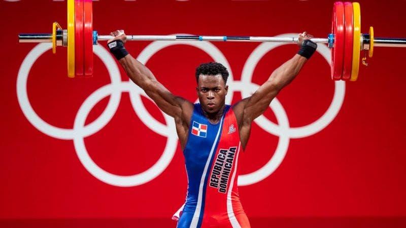 Tokio: día de gloria para República Dominicana al ganar plata en pesas y en relevos por 400 metros mixtos
