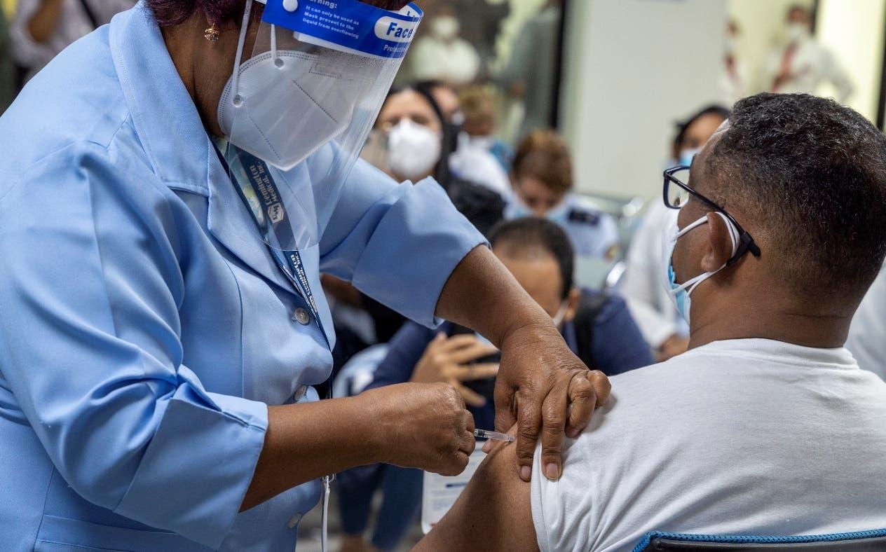 República Dominicana alcanza los 13 millones de dosis de vacunas aplicadas contra el Covid-19