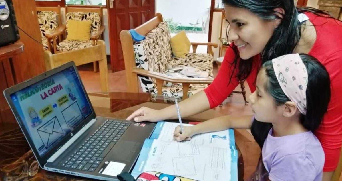 Educadores instan a dar clases híbridas