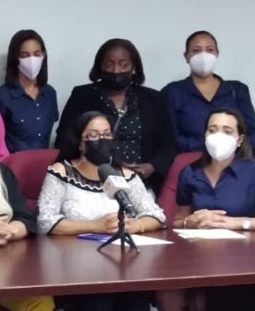 Especialistas en medicina familiar  piden ser incluidos en aumentos