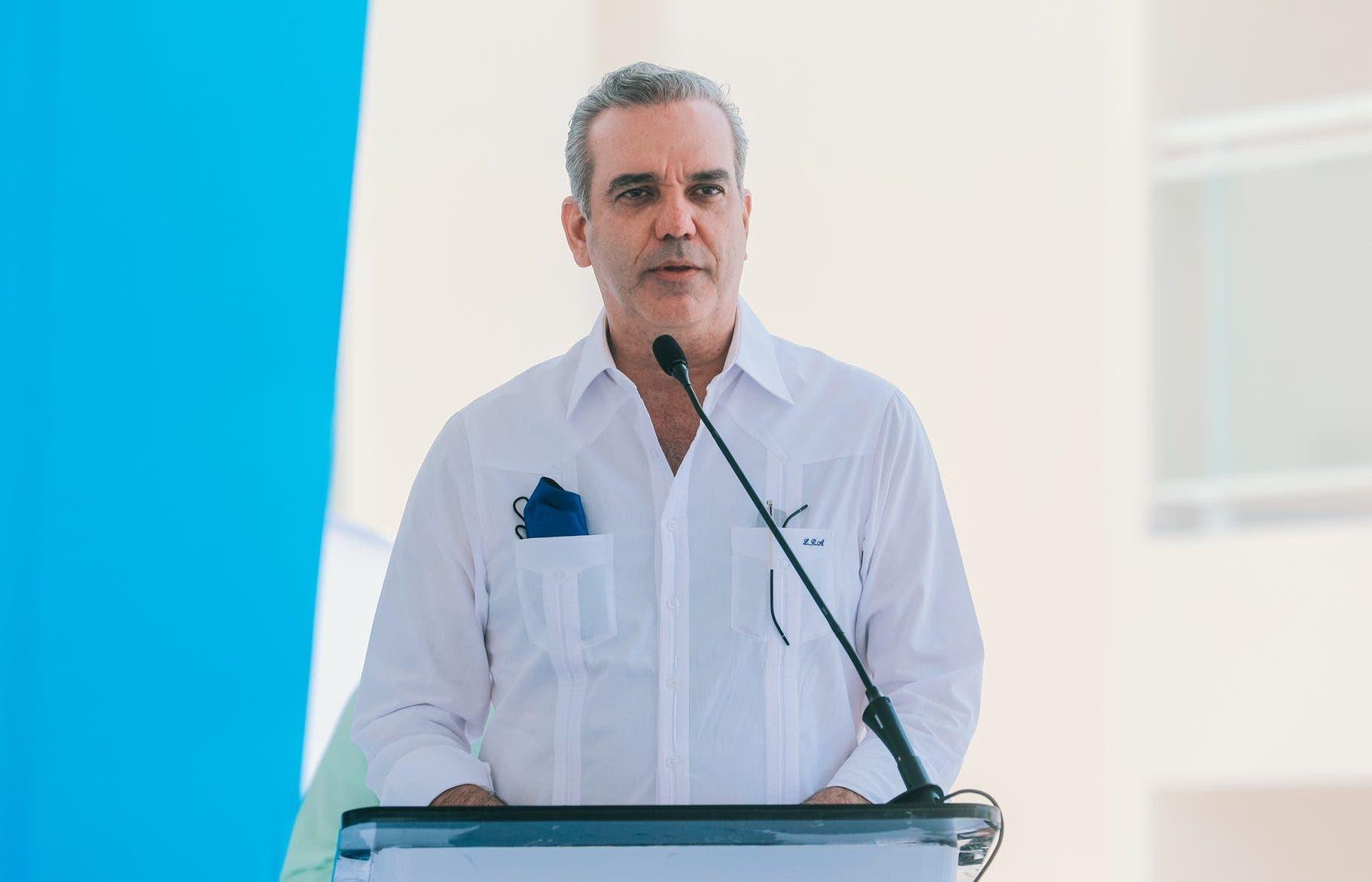 Presidente Abinader viaja hoy a Santiago; inaugurará dos obras