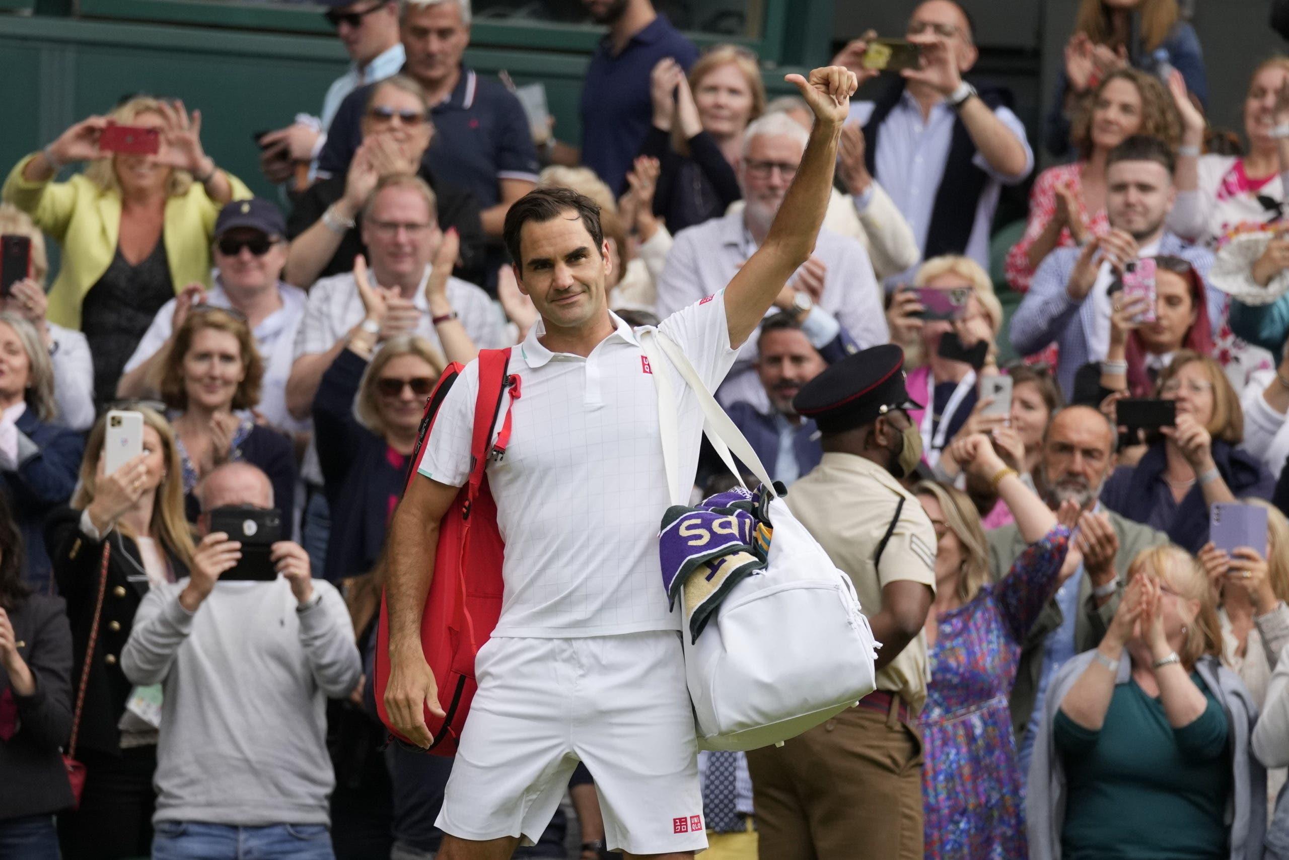 Roger Federer dice adiós en cuartos de final de Wimbledon