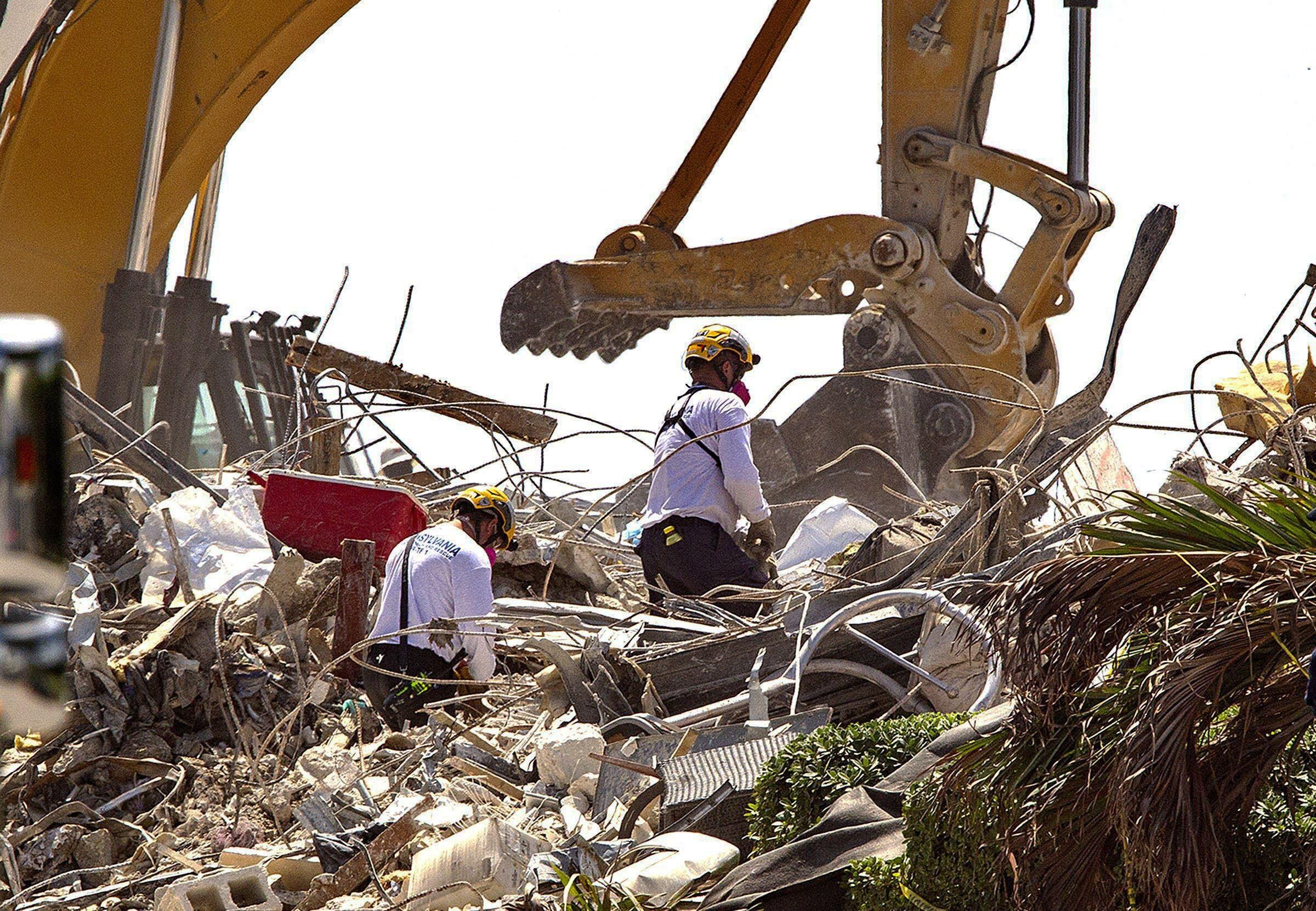 Se cumplen dos semanas del desplome de edificio en Florida