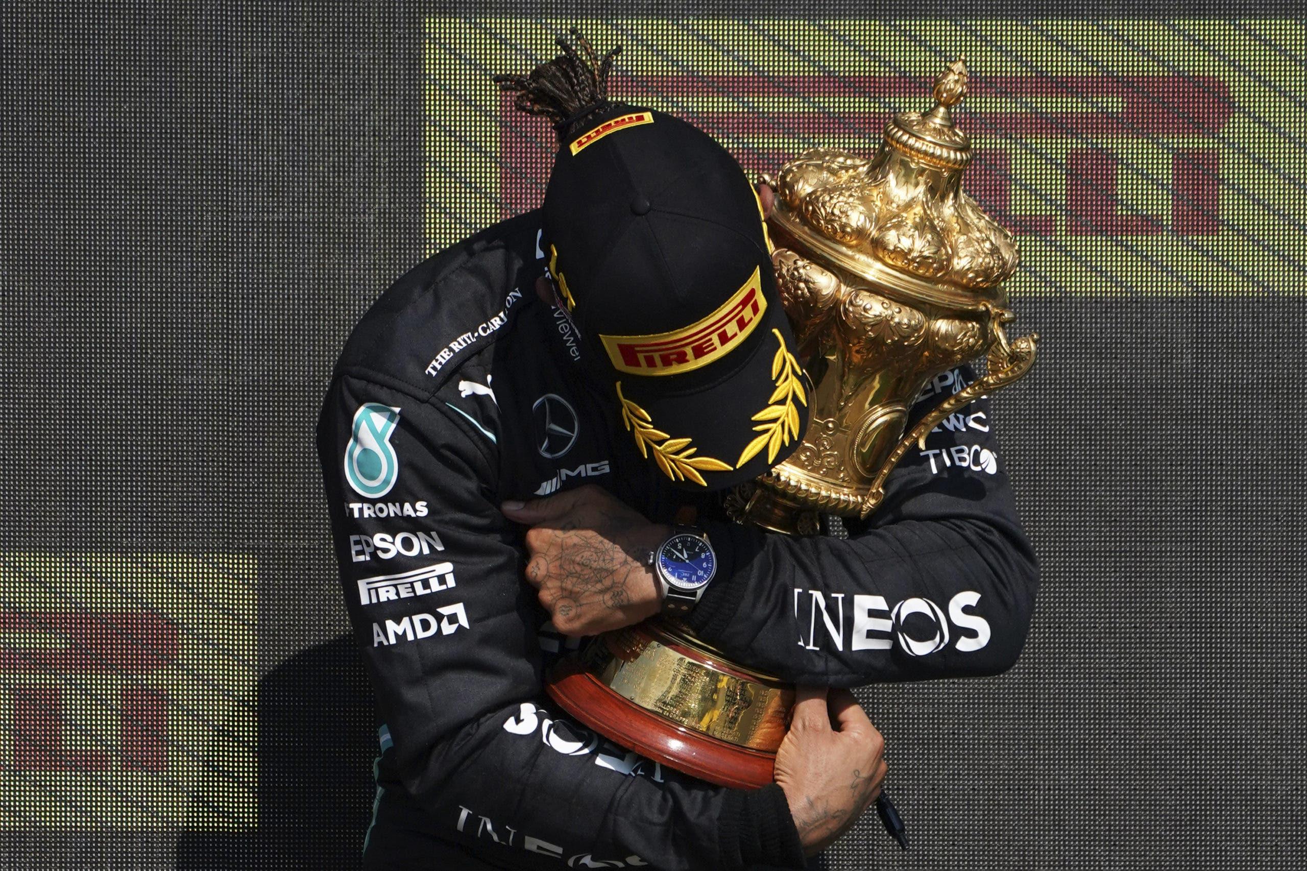 F1: Hamilton obtiene polémico triunfo en GP Británico