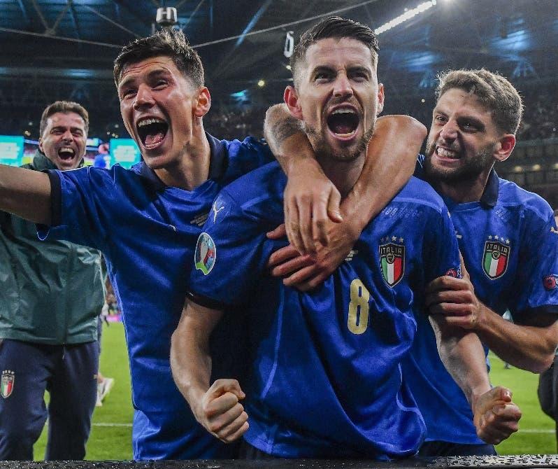 Italia vence  a España y pasa a la final  de la Eurocopa