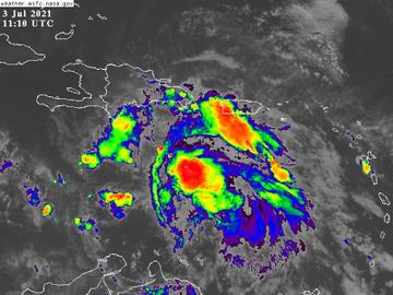 Centro del Huracán Elsa se ubica 210 km al Sur de Santo Domingo