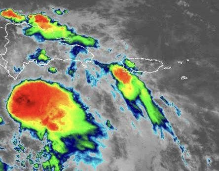 Elsa se localiza a 70 kms al sur de la Isla Beata tras degradarse a tormenta tropical