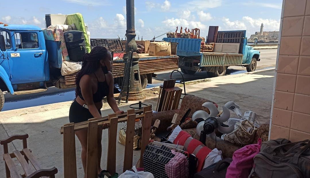Elsa transita el sur de Cuba, deja tres muertos en el Caribe