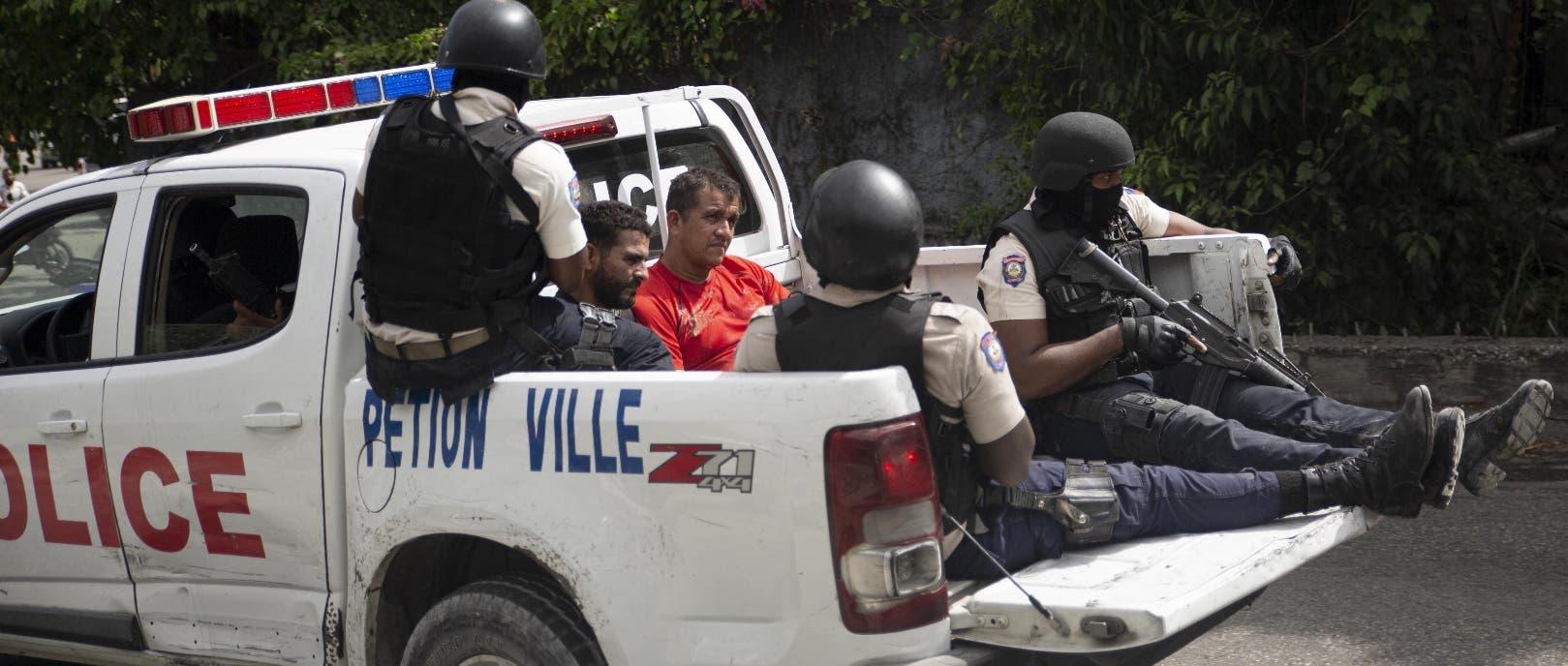 FBI y DNI de Colombia investigan asesinato de Moïse