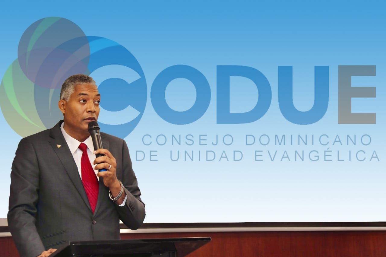 CODUE motiva a celebrar con entusiasmo el Día Nacional de la Biblia