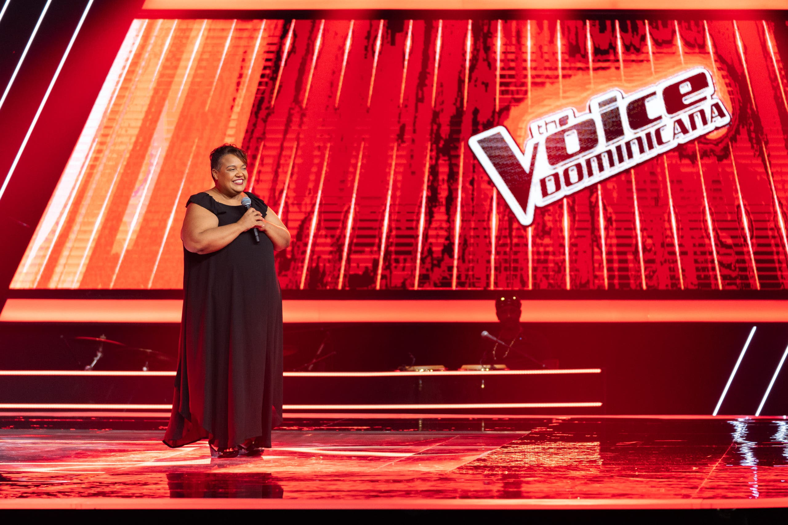 Musicólogo «El Libro» sumó 3 voces a su team en el cuarto capítulo de  The Voice Dominicana
