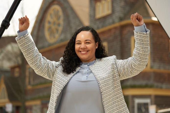 Junta NYC declara ganadora dominicana Carmen de la Rosa como concejal Alto Manhattan