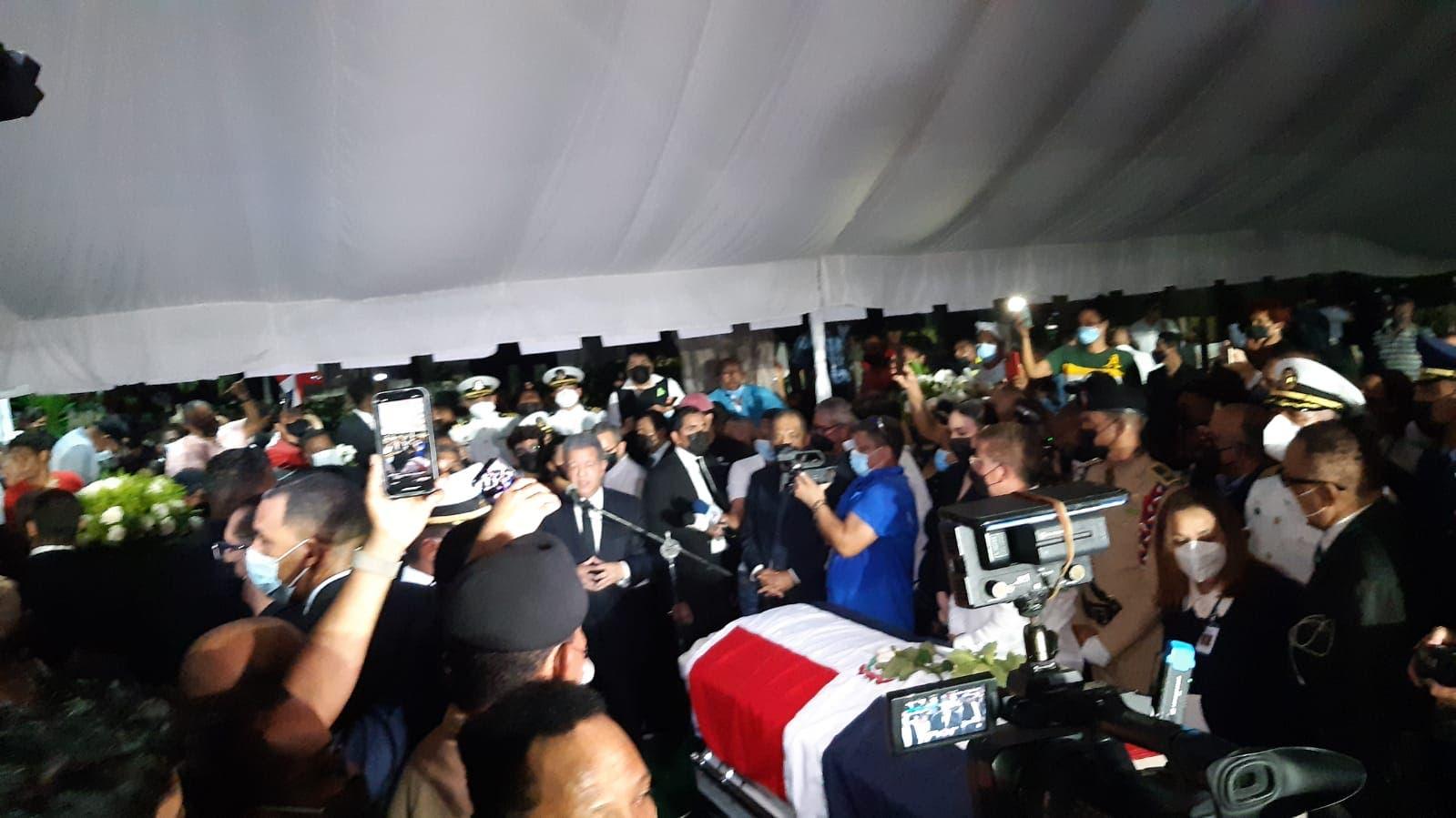 Leonel sobre Johnny Ventura: «Se ha convertido en el símbolo de la dominicanidad»