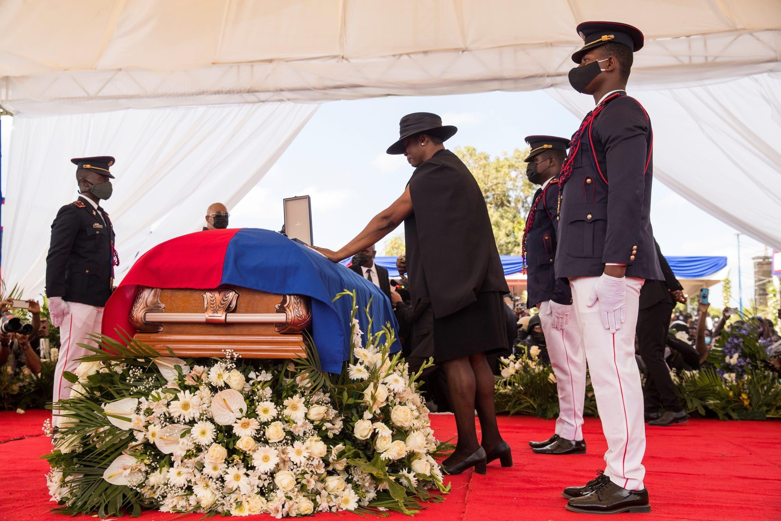 Jovenel Moise sepultado con honores en Haití
