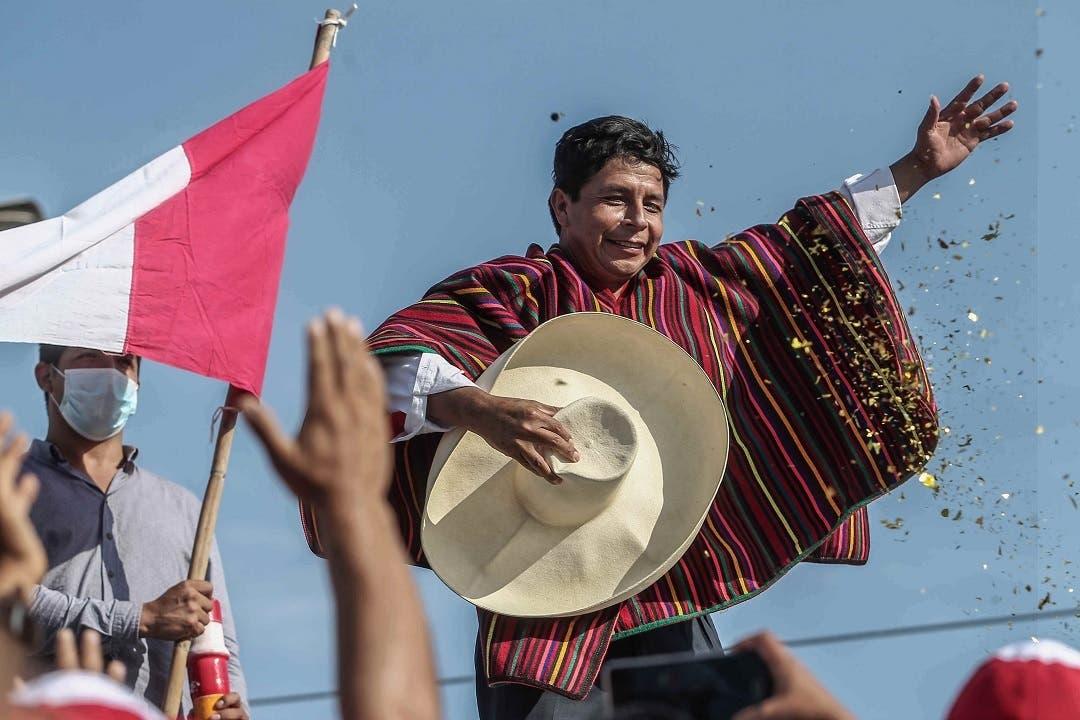 """Pedro Castillo, el presidente campesino que desafía el """"statu quo"""" de Perú"""