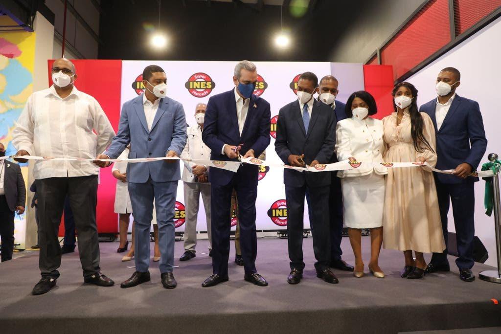Presidente Abinader encabeza inauguración Supermercado Inés en SC