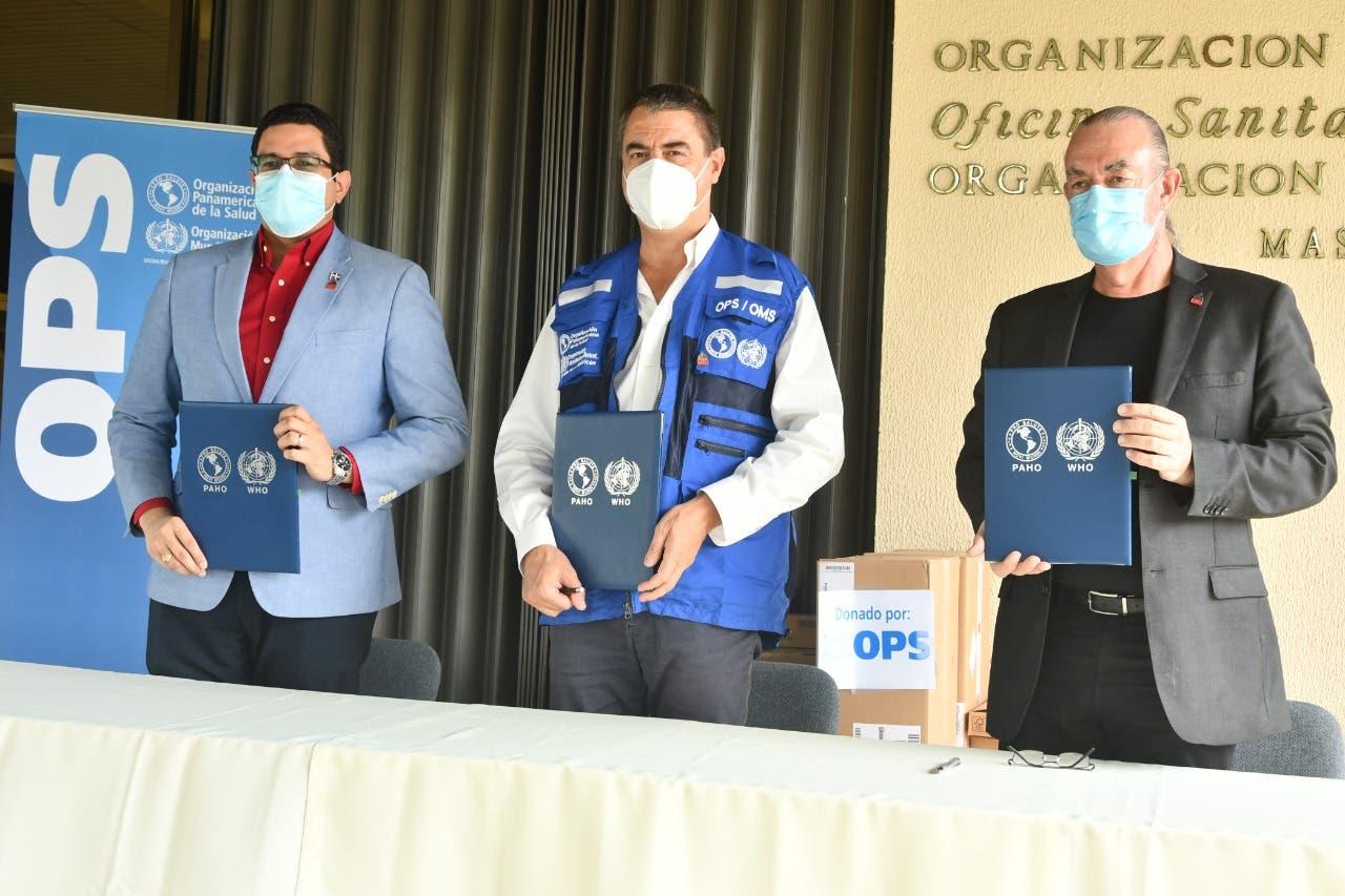 Salud Pública recibe donativo de equipos para rastreo de casos COVID