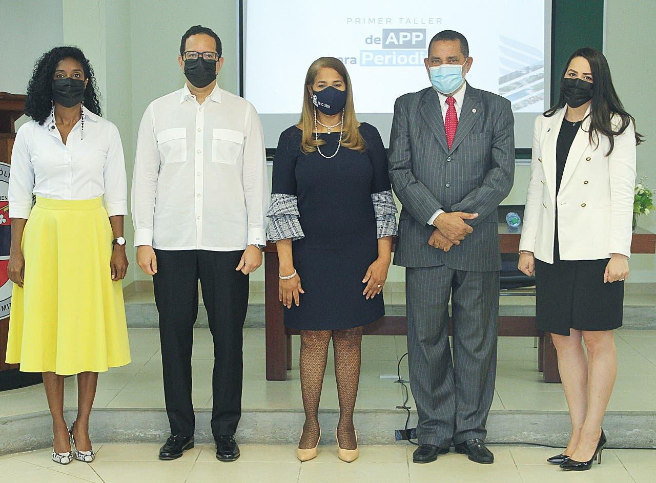 DGAPP y PUCMM inician taller de alianzas público-privada para periodistas