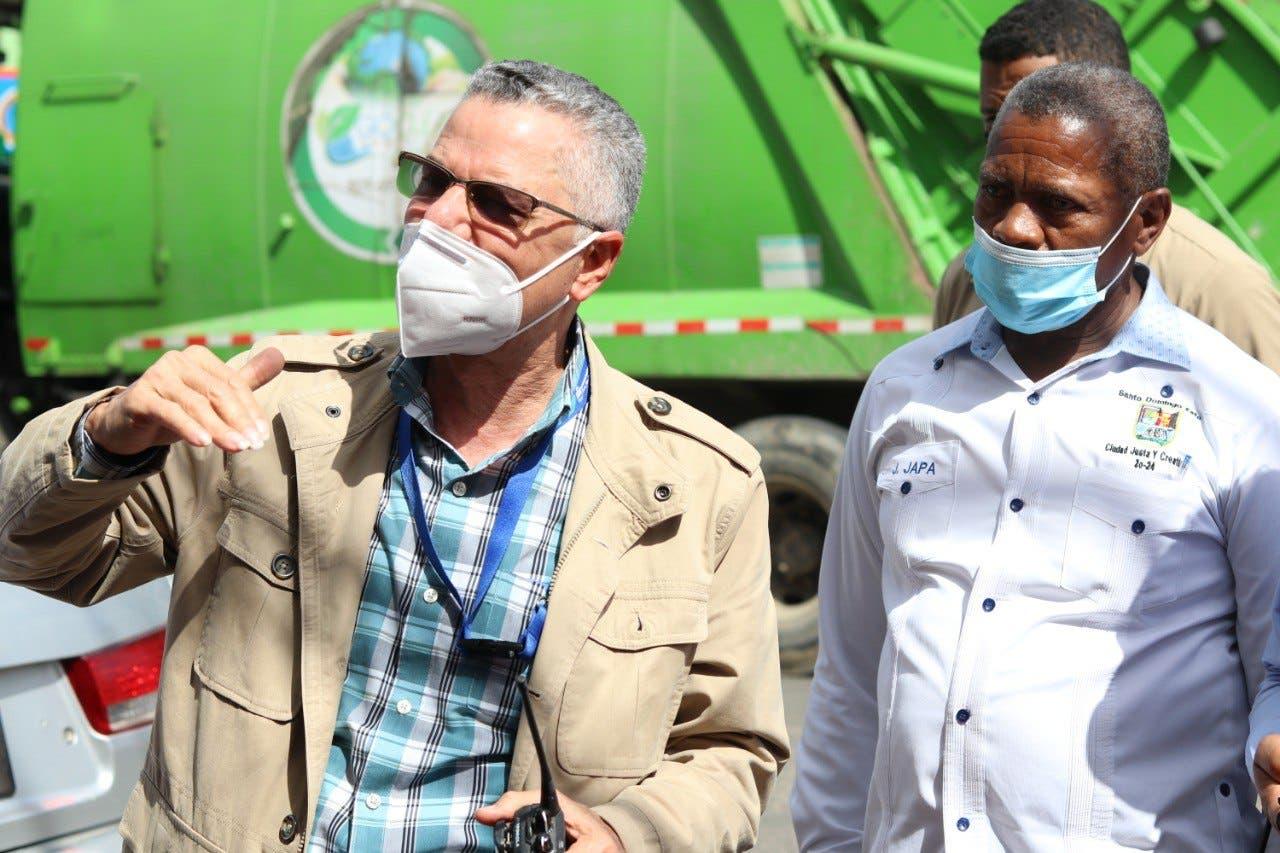 Manuel Jiménez da plazo a empresa de recogida de basura para que se retire de SDE