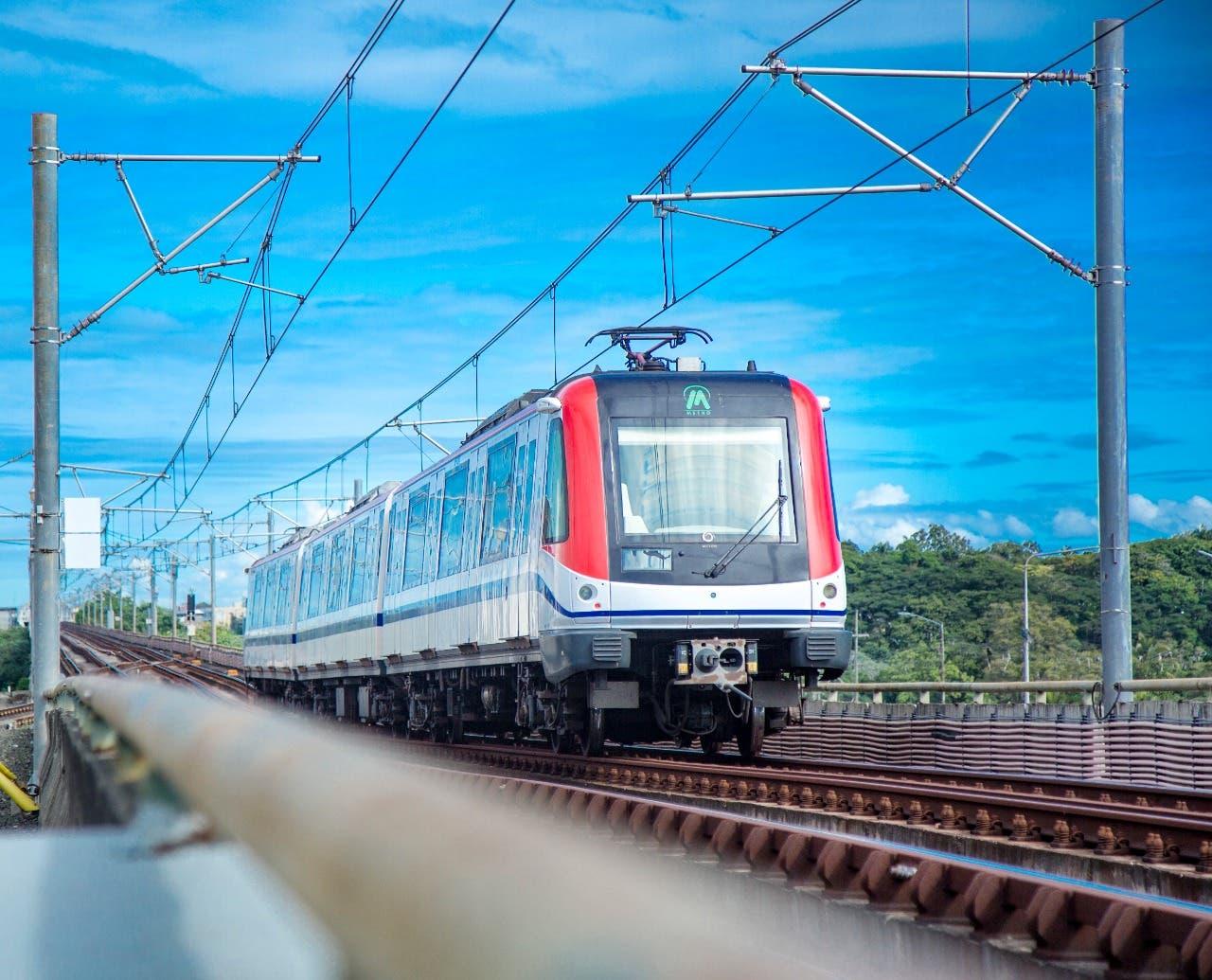 Metro y Teleférico retoman horario habitual a partir de hoy