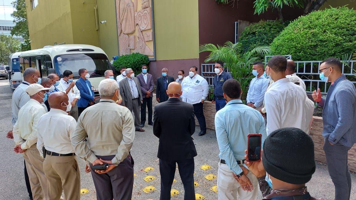 """Inician operativos para erradicar práctica de los """"buscones"""" en Centro de los Héroes"""