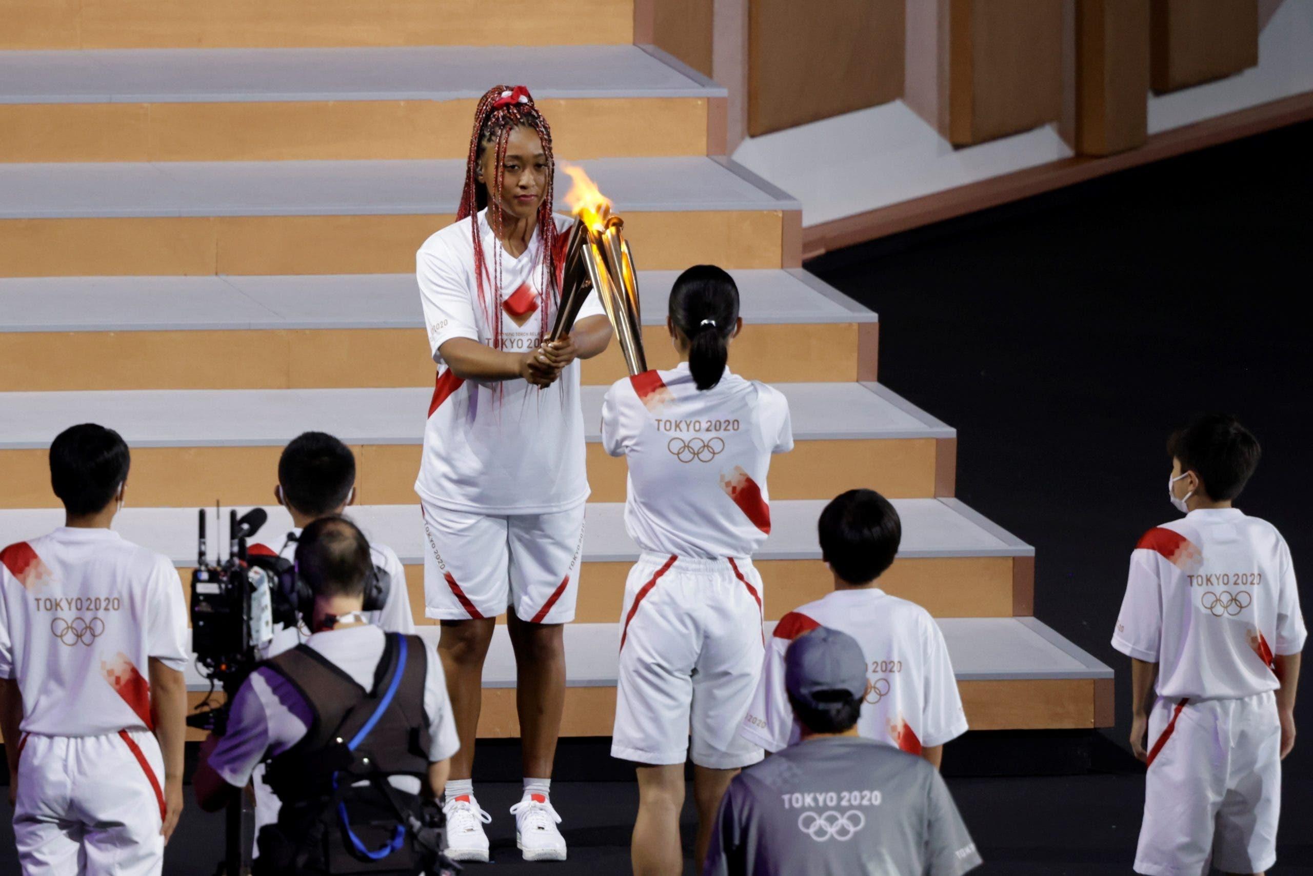Con acto mesurado y estadio vacío, Tokio abre sus Juegos Olímpicos