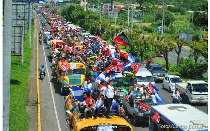 Caravanas sandinistas celebran aniversario 42 de la revolución de Nicaragua