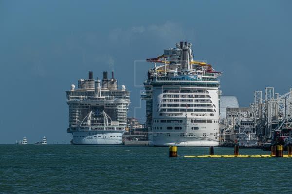 Tribunal frena suspensión en Florida de medidas anti covid-19 en cruceros