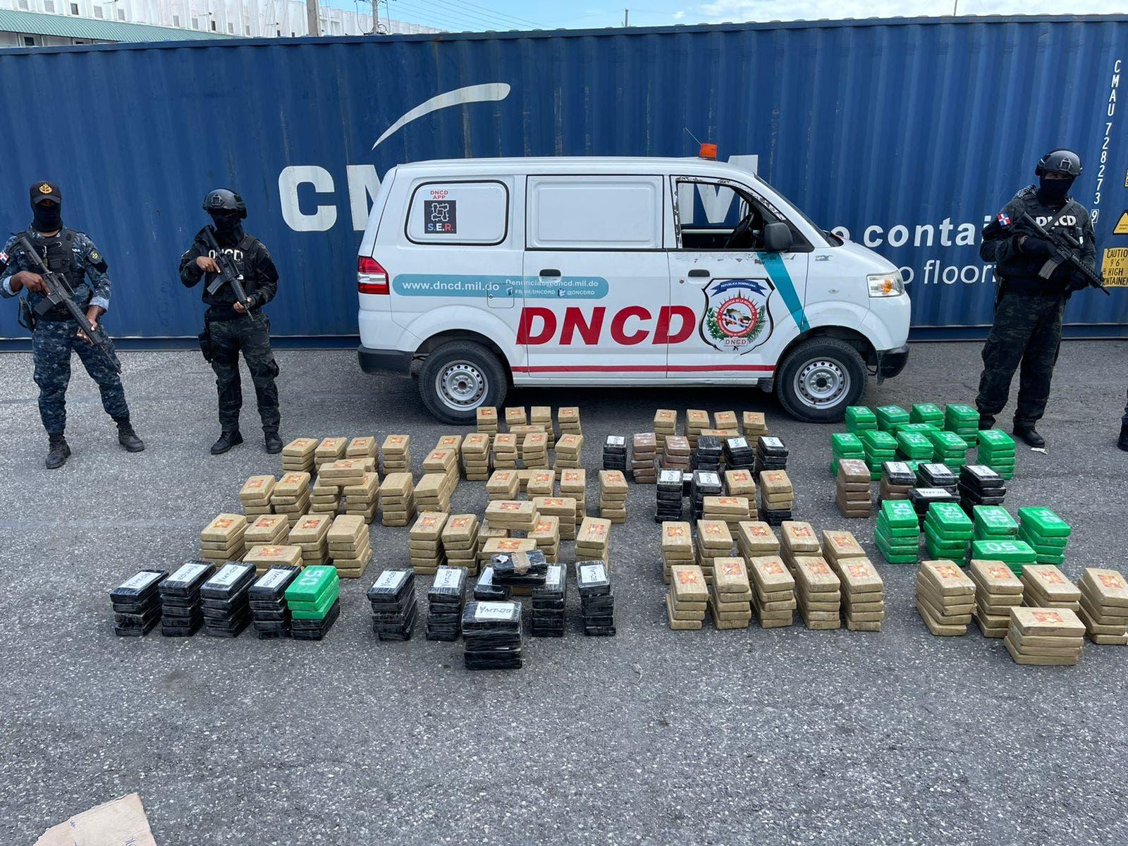 DNCD ocupa 862 paquetes de cocaína en Puerto Caucedo