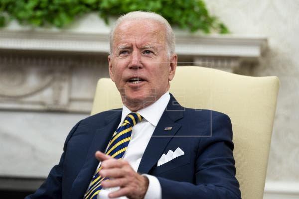 Biden urge a los republicanos a apoyar una suspensión del límite de deuda
