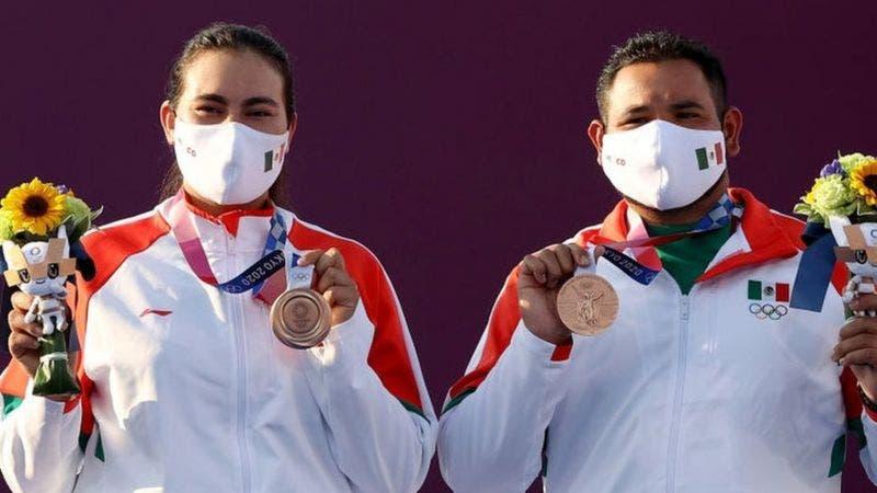 México abre el medallero de América Latina, haciendo historia