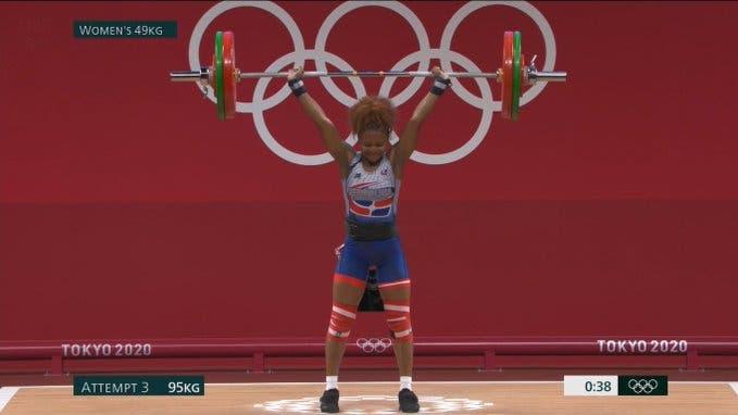 Beatriz Pirón, segunda posición del grupo B en la división 49kg