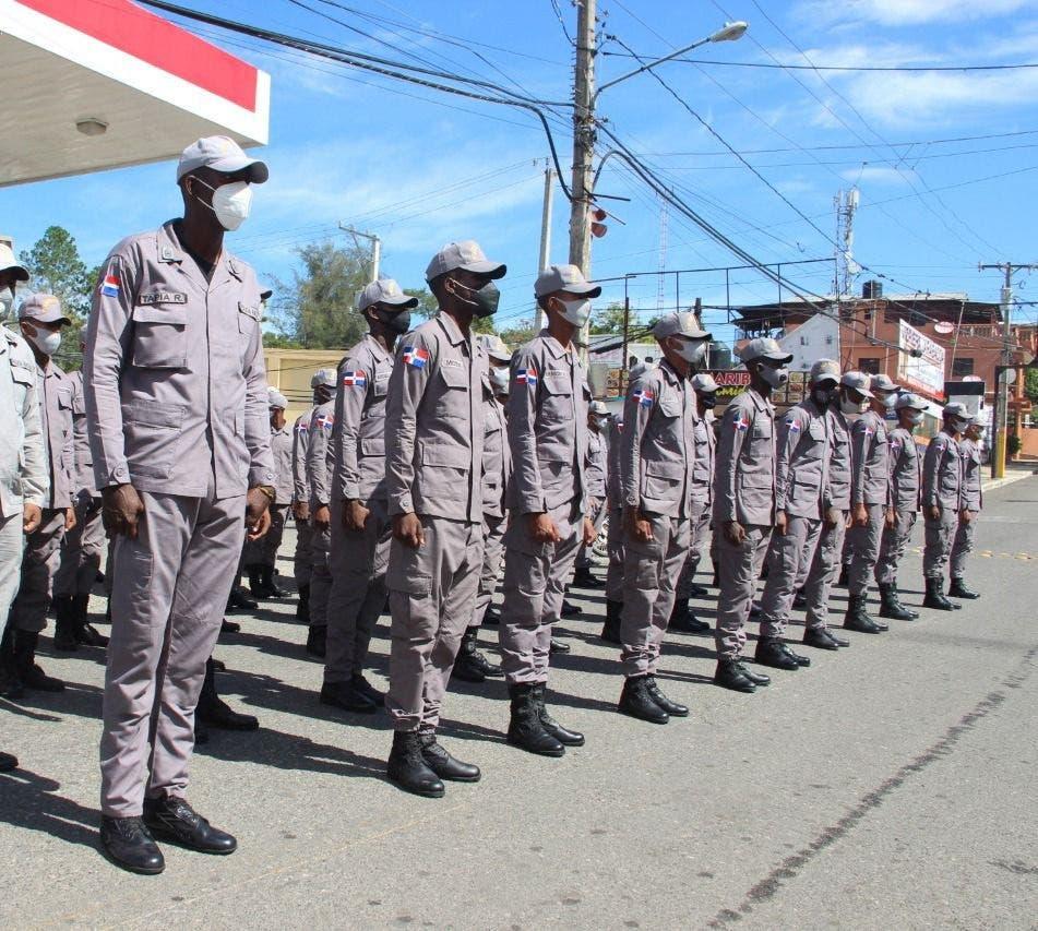 Policía Nacional refuerza la dotación de San Cristóbal con 50 nuevos agentes