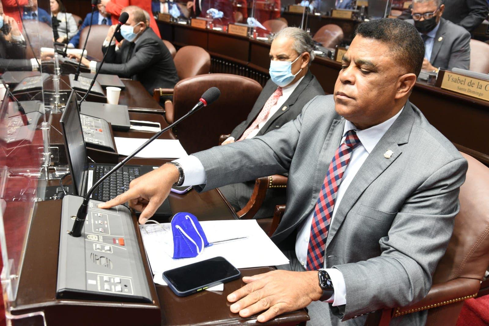 Diputados aprueban en primera lectura proyecto presupuesto complementario