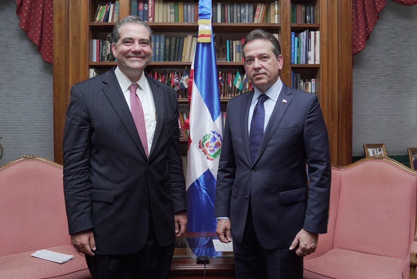 Bisonó plantea en Washington que RD es socio clave para dinamización de economía postpandemia