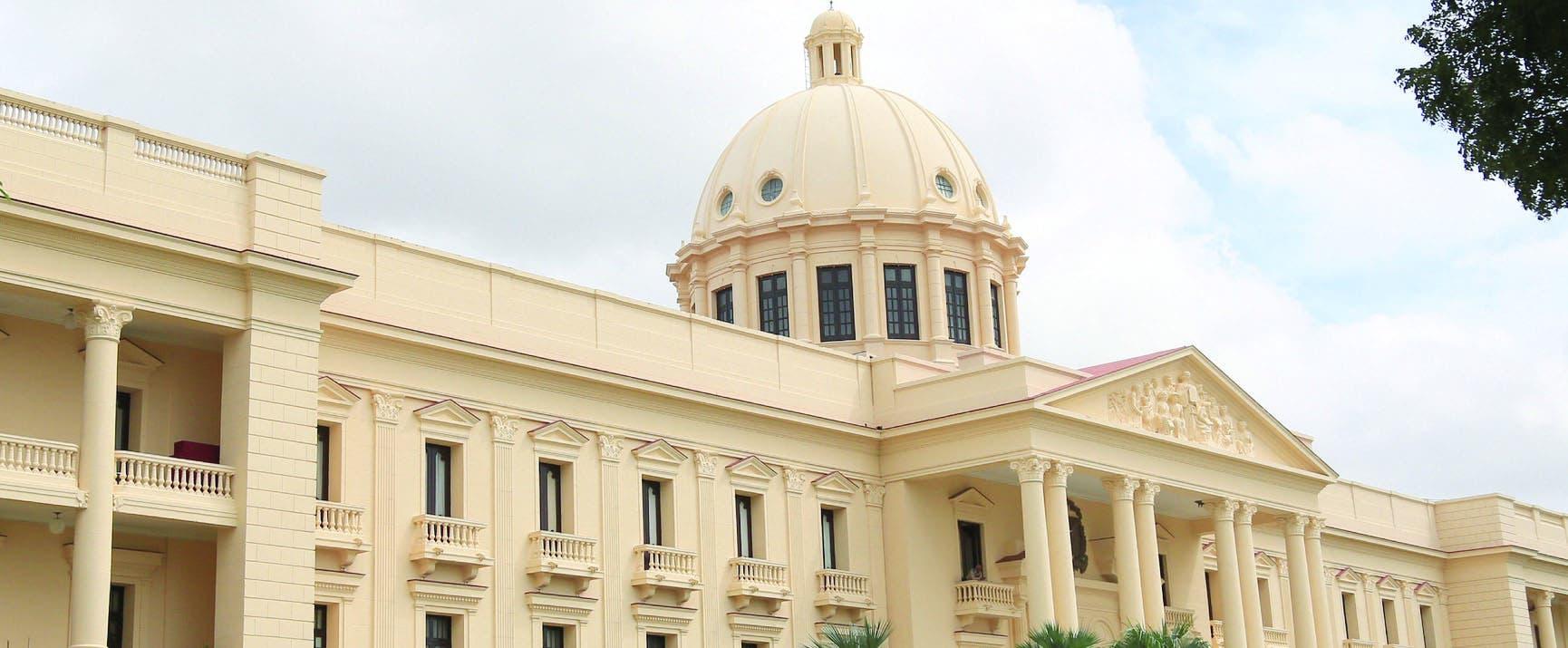 Los ministros y directores citan avances del primer año de Gobierno