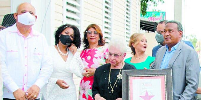 Una estrella en honor a María Cristina Camilo