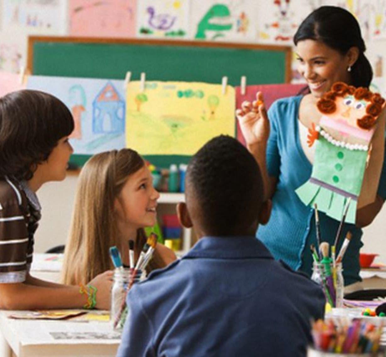 Educación del siglo XXI apuesta por creación de ambiente de  motivación