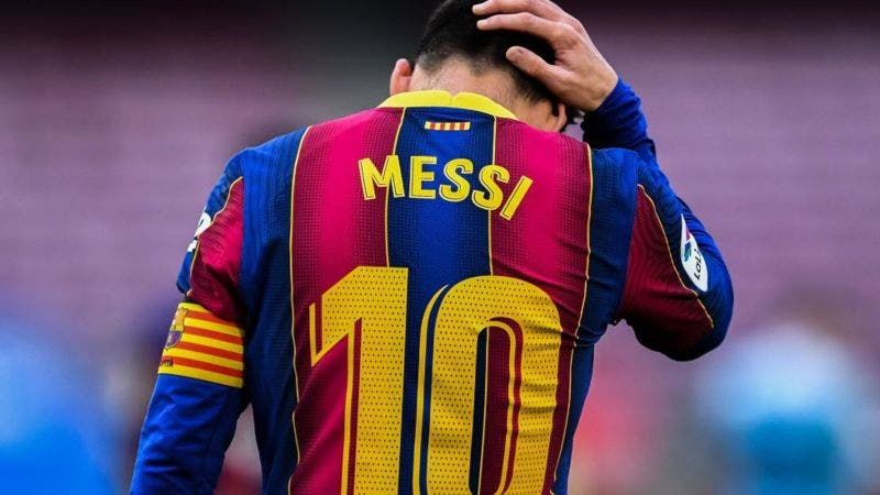 El Barcelona anuncia que Messi no renovará con el equipo «debido a obstáculos económicos y estructurales»
