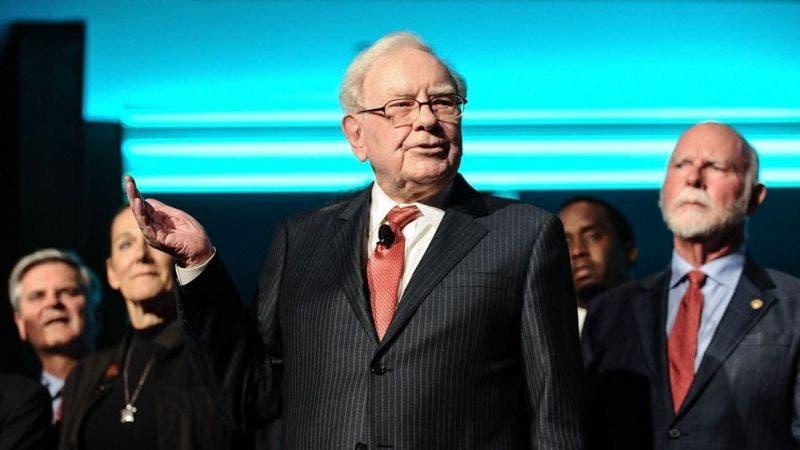 Por qué Warren Buffett es un modelo para otros multimillonarios