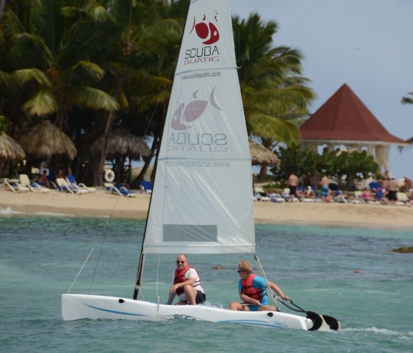 Embajada dominicana en España resalta recuperación del turismo