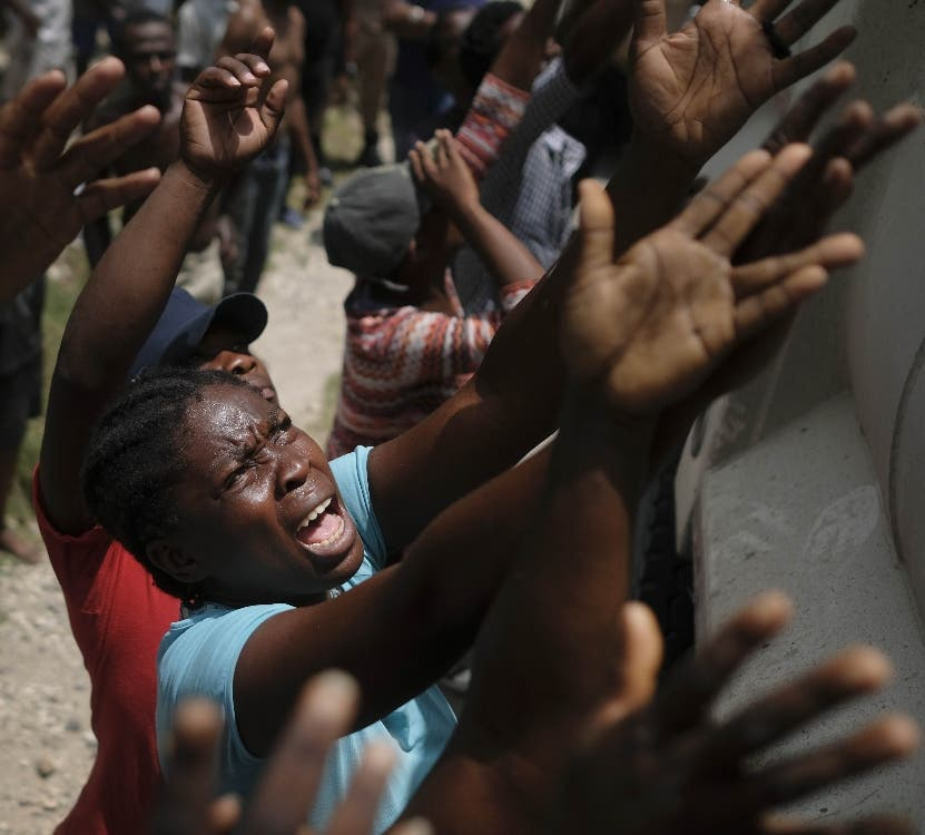 Las víctimas y las ayudas crecen en Haití