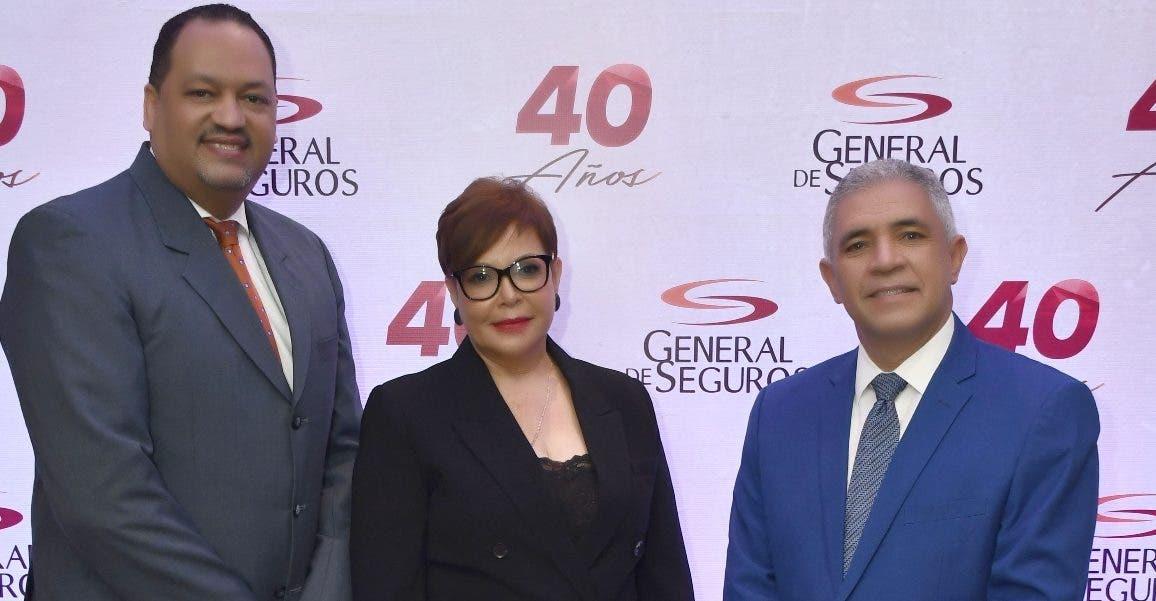 General de Seguros lanza campaña en su  40 aniversario