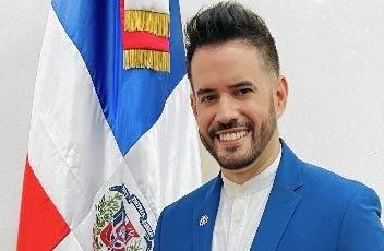 Manny Cruz es  hijo predilecto  Santo Domingo
