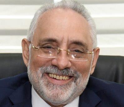 Vitelio Mejía Ortiz es reelecto en la presidencia de Lidom